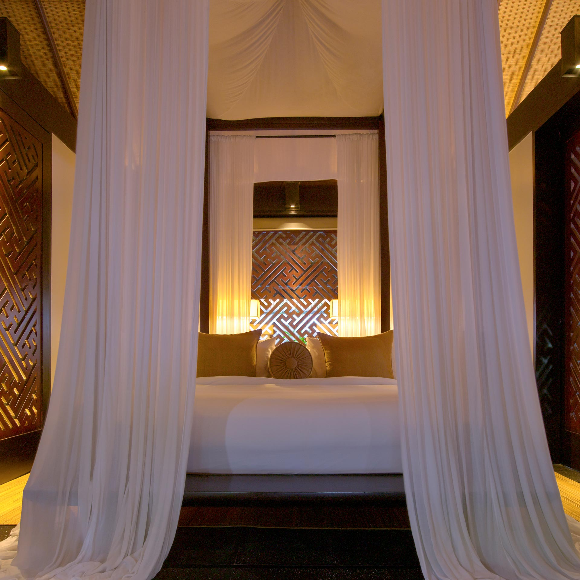 Bedroom at The Legian Club | Luxury hotel SEM | Legian Hotel Management