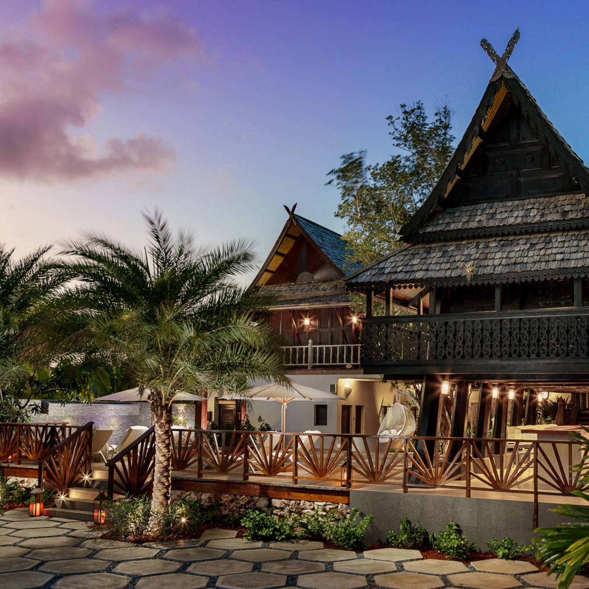 View of a luxury Caribbean pool villa at night | Luxury Resort marketing | Zemi Beach