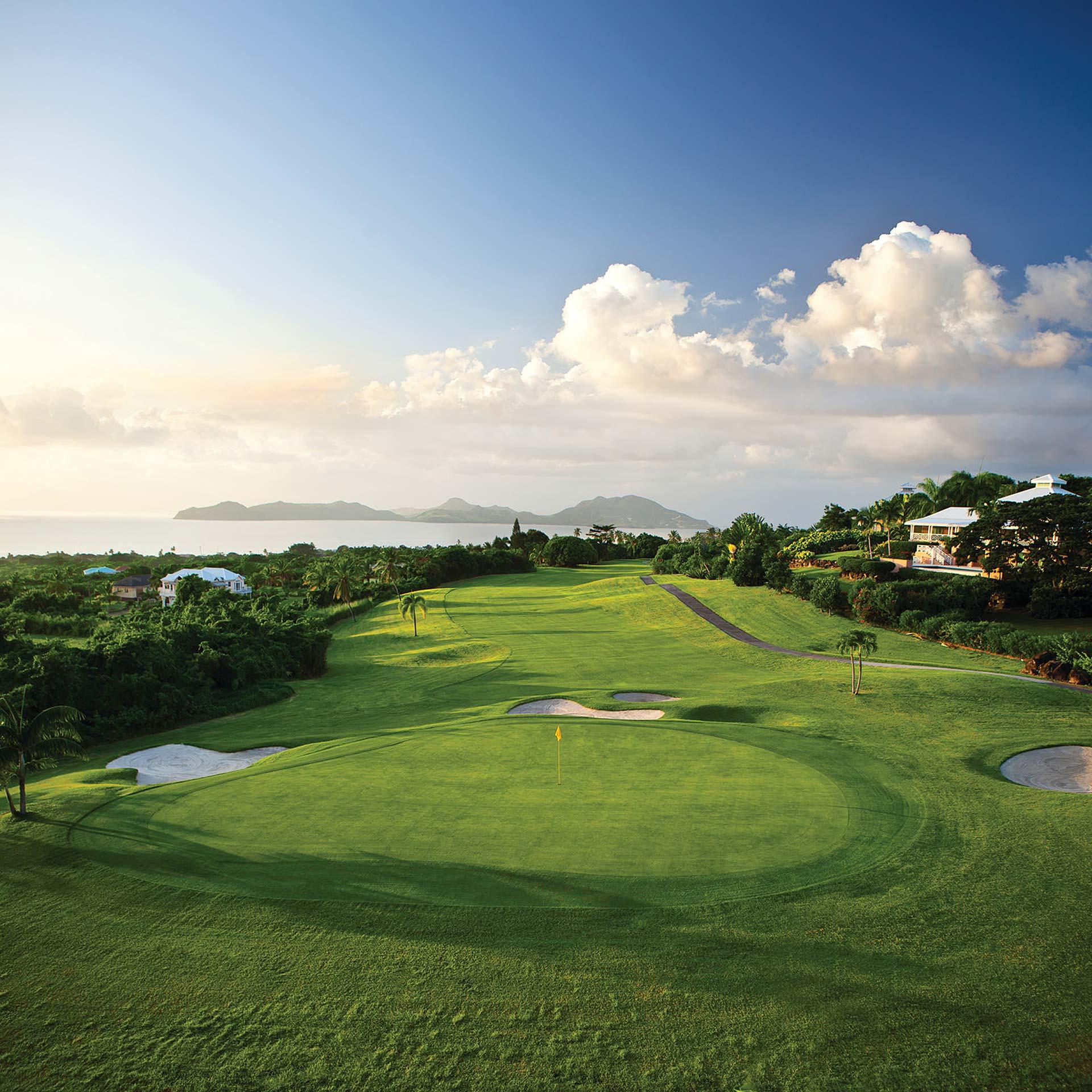Luxury Real Estate Marketing | Kingsland Linassi | Playa Grande Golf Course